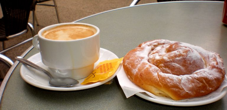 cafe-con-leche-spanish-style-coffee