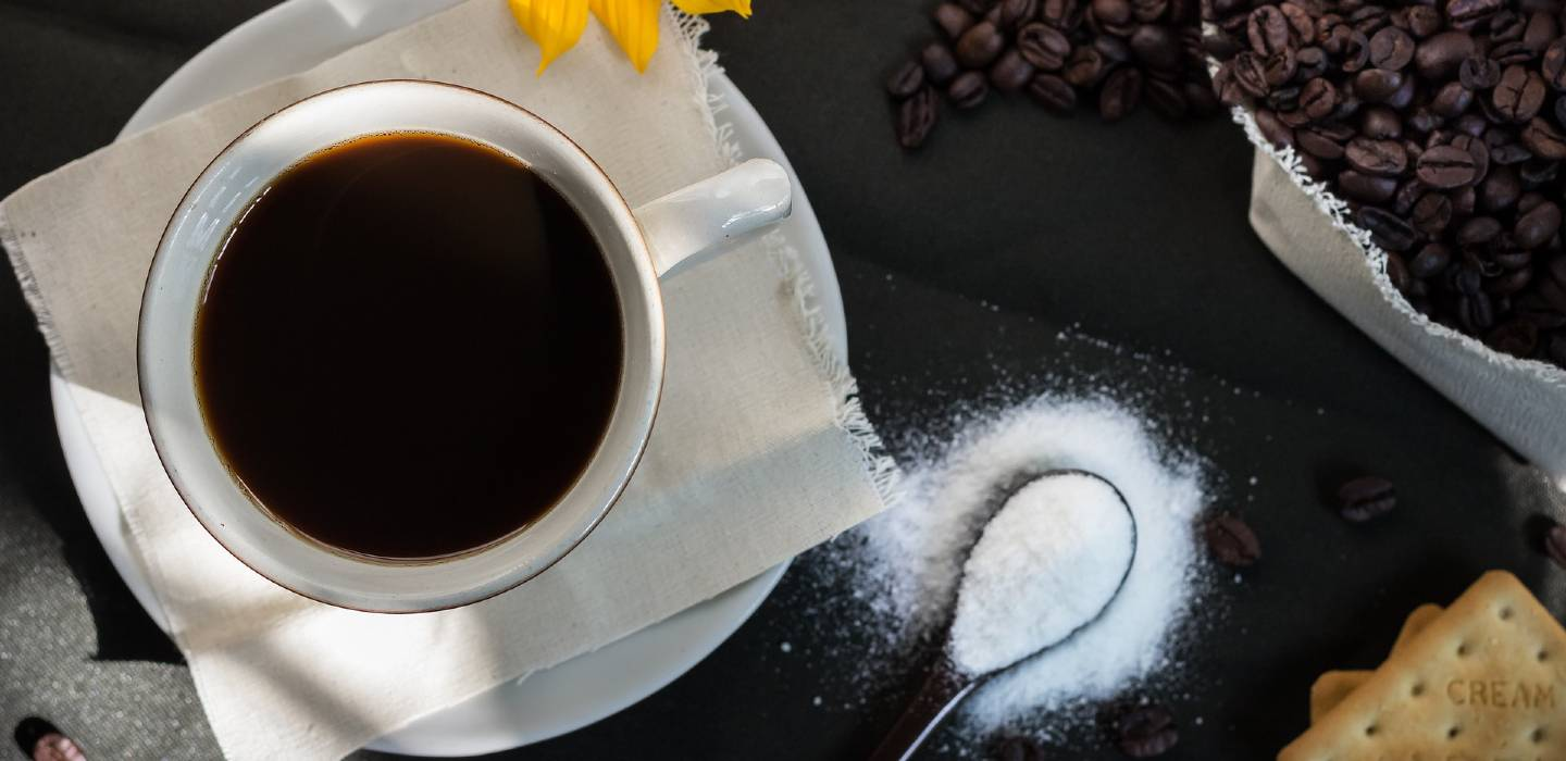 Coffee and sugar: Why is not a great combination