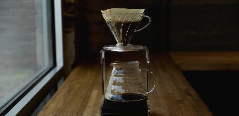 V60 coffee: to swirl or to stir?